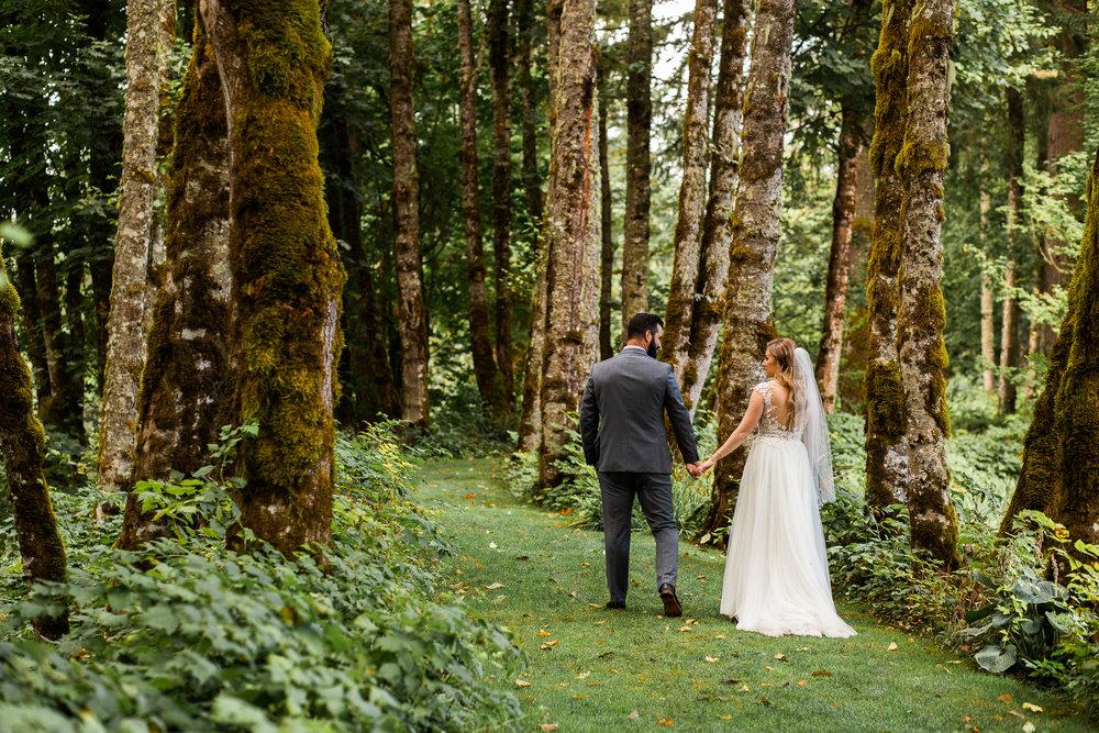 Alayna & Eric - wedding -  Bridal Veil Lakes, OR - Malina Rose Photography-37.jpg