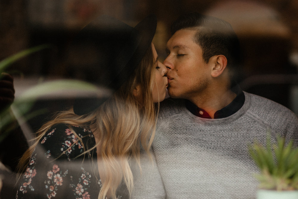Downtown Urban Couple Session -  Malina Rose Photography_-13.jpg