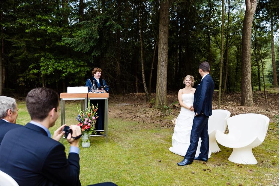 trouwfotograaf-kapellerput-heeze-ralph-lia-23