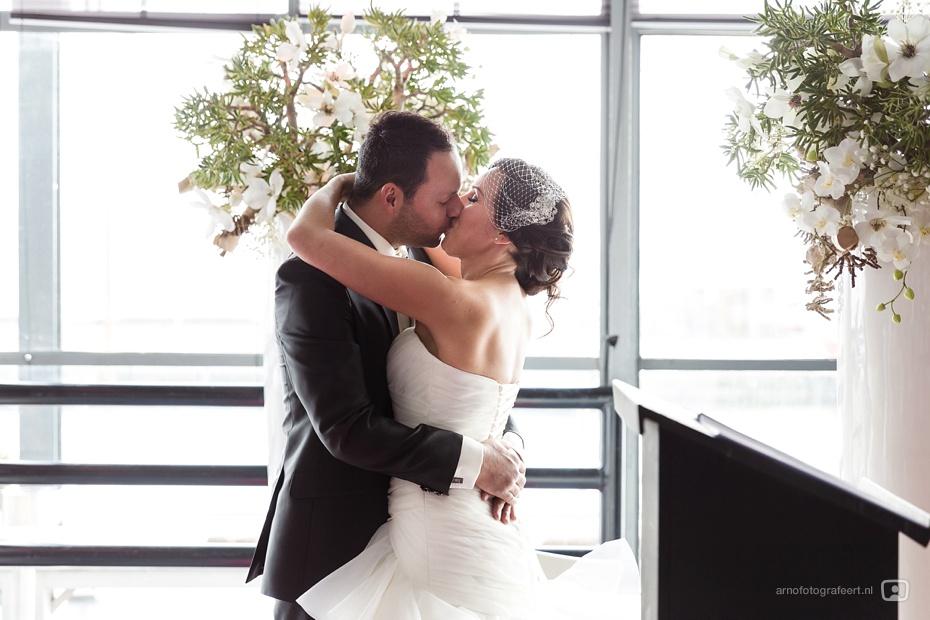 bruidsfotograaf-rotterdam-markthal-vertrekhal-29