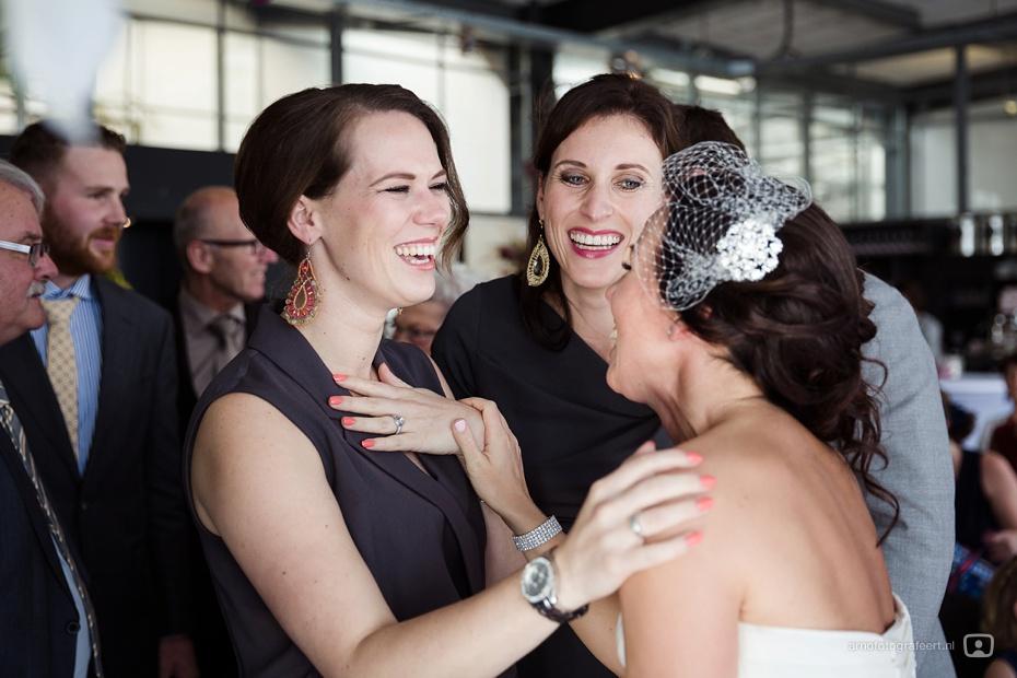 bruidsfotograaf-rotterdam-markthal-vertrekhal-32