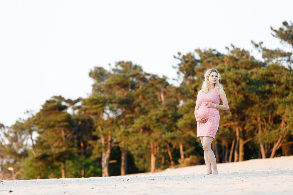 zwangerschapsshoot-loonse-drunense-duinen-22.jpg