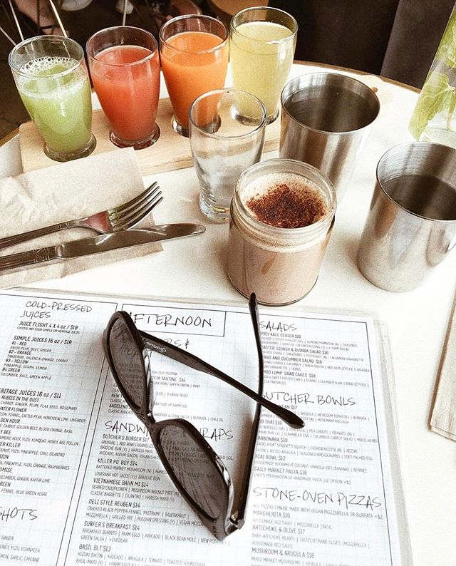Who's ready for the weekend? ☕️🍊 (📷: @kathrinaboyles )