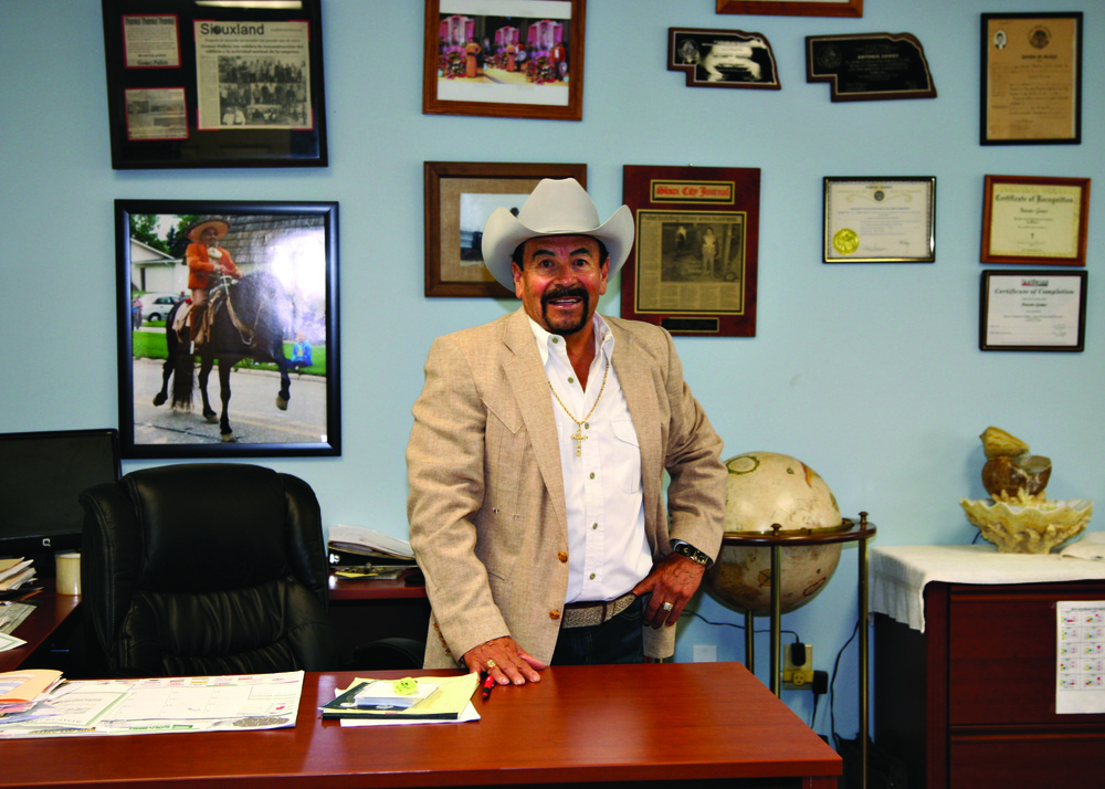 2010 - Tony Gomez