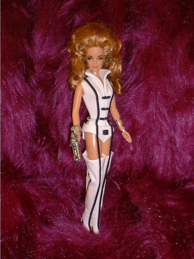 barbie-barbarella-fonda.jpg