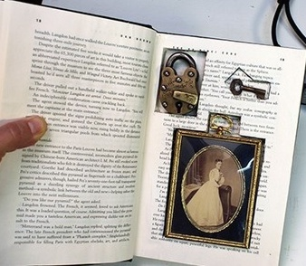 hollow-book-safe-secret-compartment-lock-key1.jpg