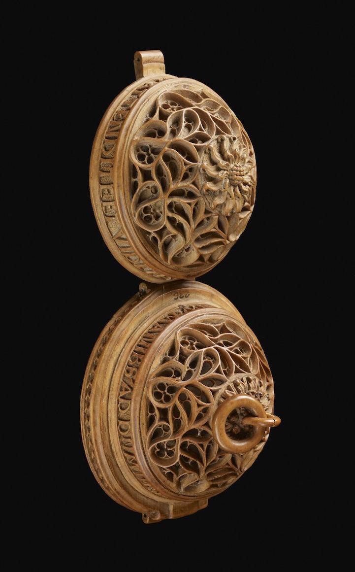 prayernut8britishmuseum.jpg