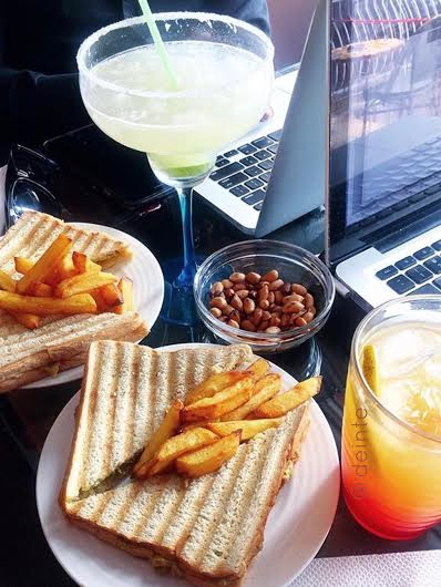 sincerely-princewill-things-to-do-in-lagos-art-cafe2.jpg