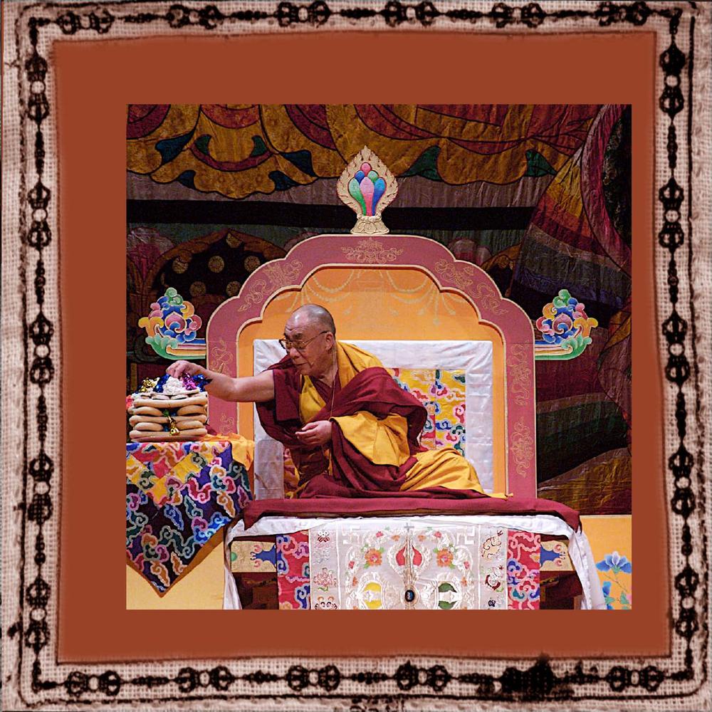 elizabeth-fenwick-photography-dalai-lama-peace-10.jpg