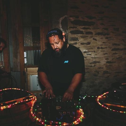 DJ TAKAS