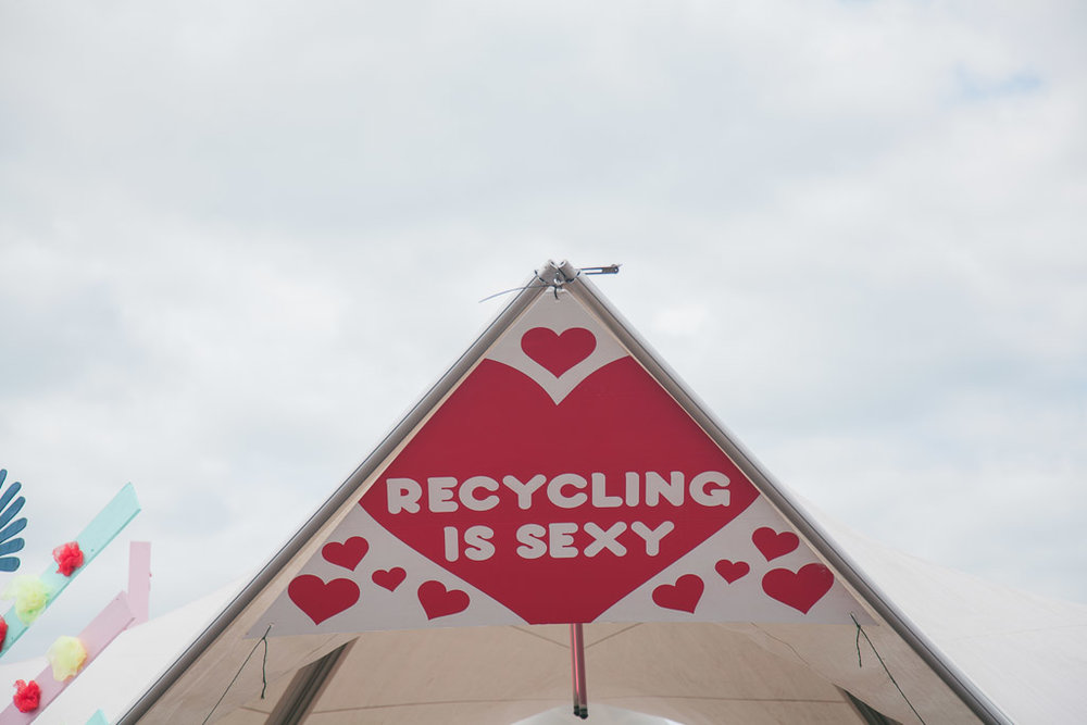 REcycling is sexy.jpg