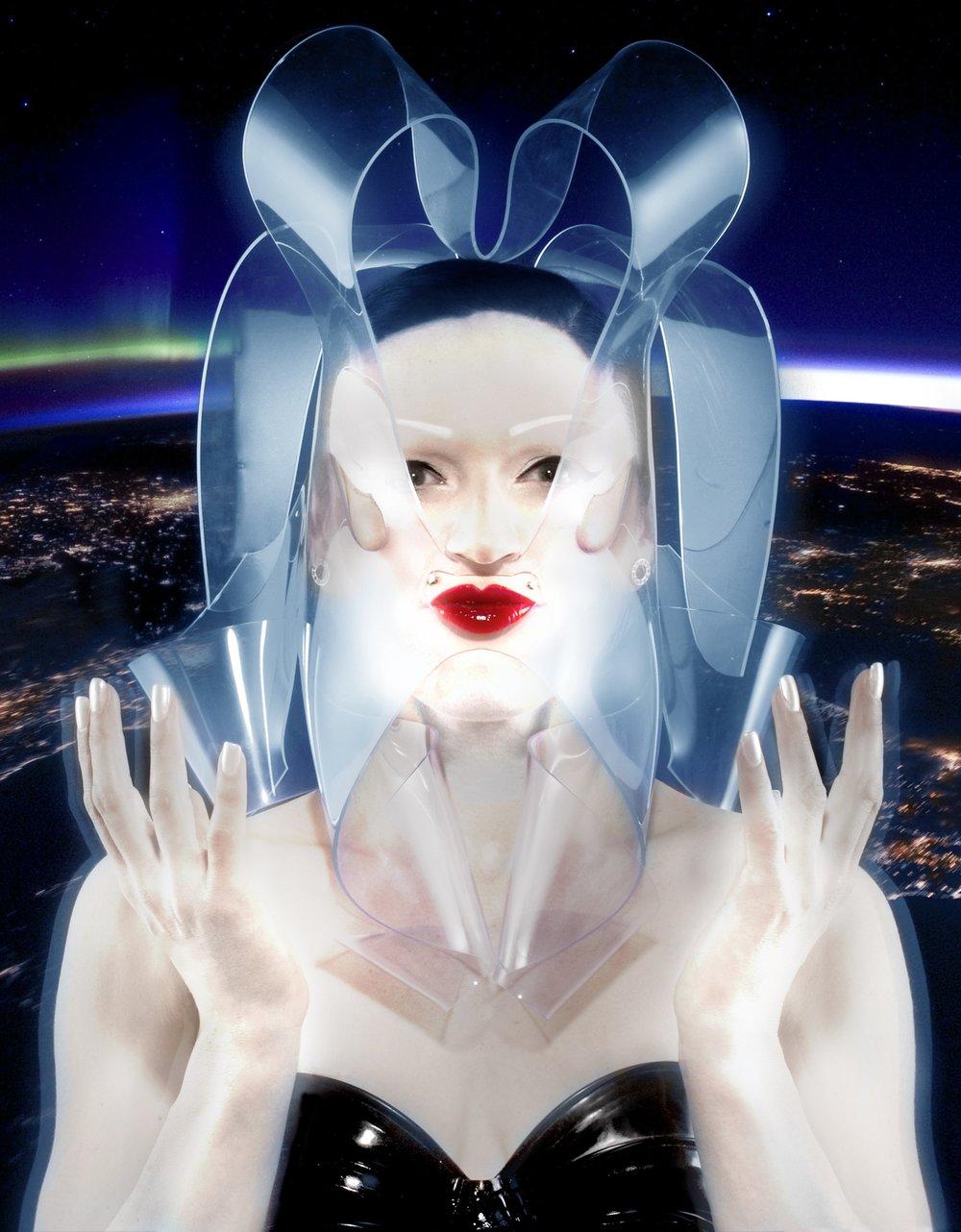 Empress_Stah_Manuel_Vason.jpg