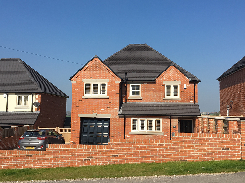 5 bedroom house in chesterfield