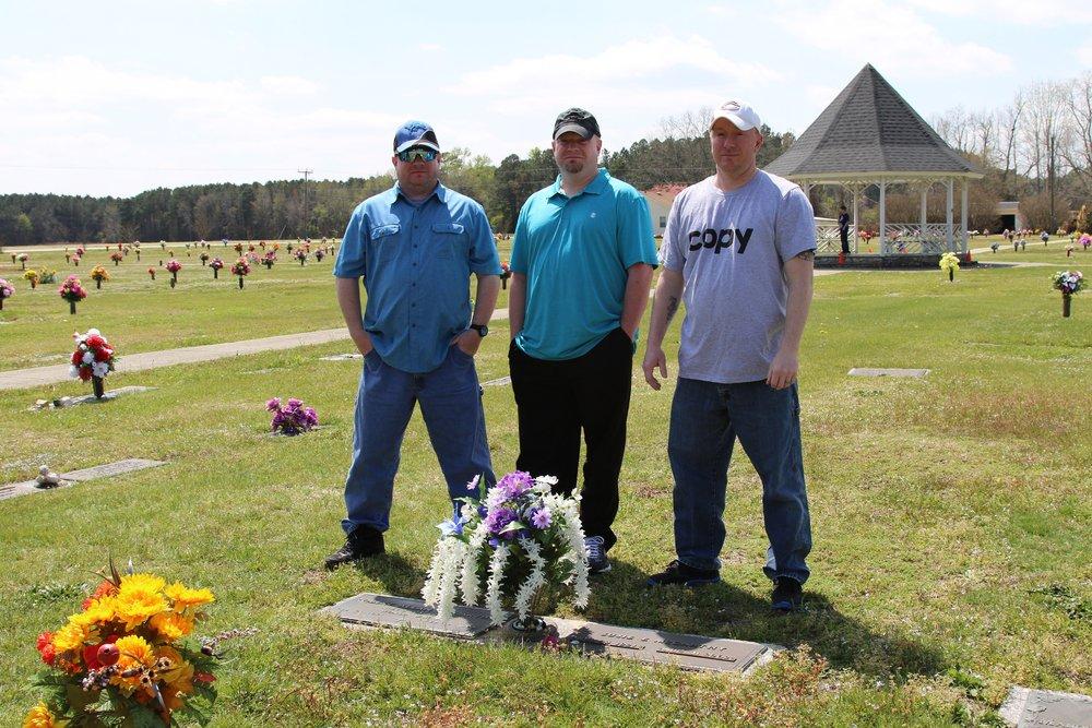 Gary McCarthy Memorial-04 11Apr18 NC.JPG