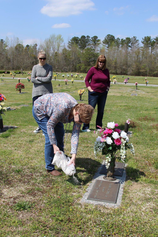 Gary McCarthy Memorial-08 11Apr18 NC.JPG