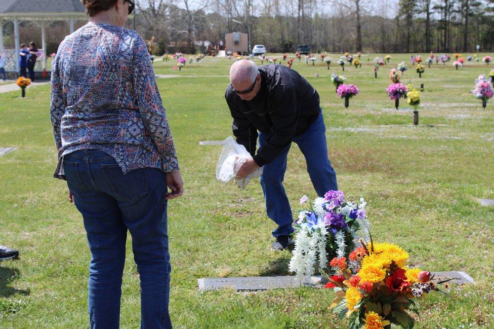 Gary McCarthy Memorial-09 11Apr18 NC.JPG