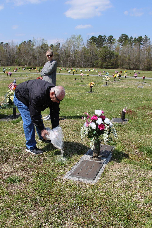 Gary McCarthy Memorial-010 11Apr18 NC.JPG