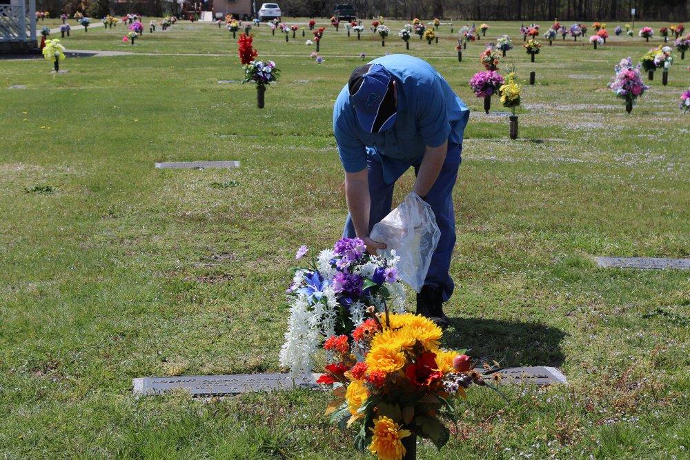Gary McCarthy Memorial-013 11Apr18 NC.JPG
