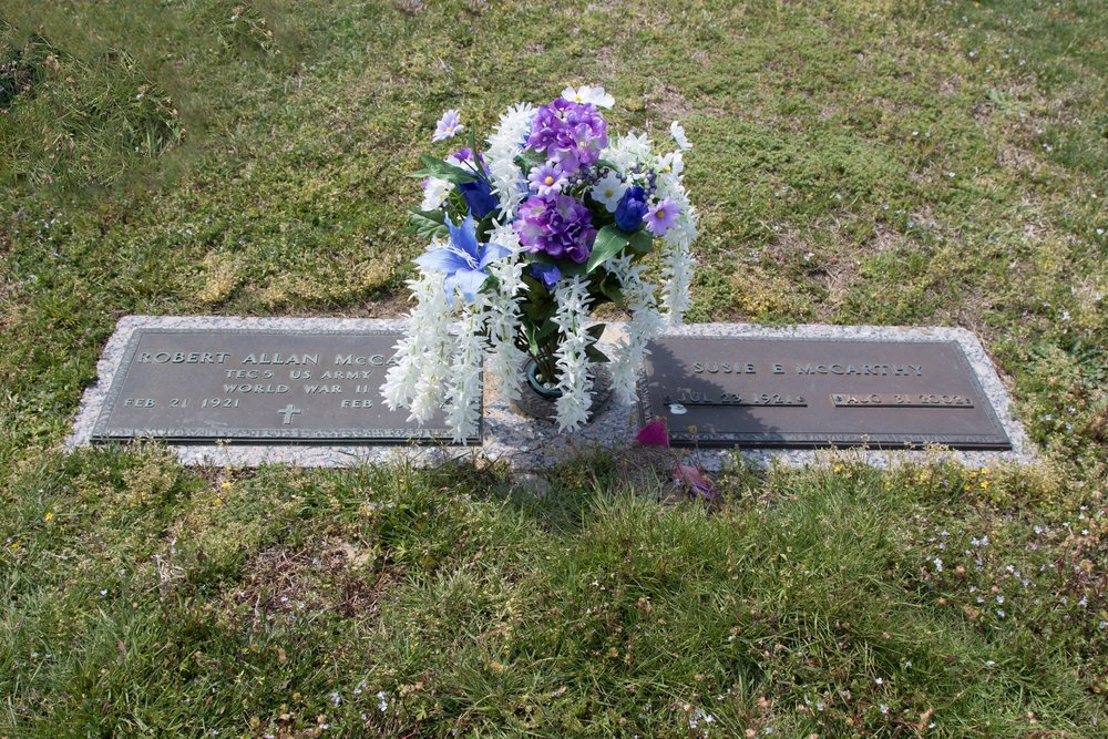 McCarthy gravesite.JPG