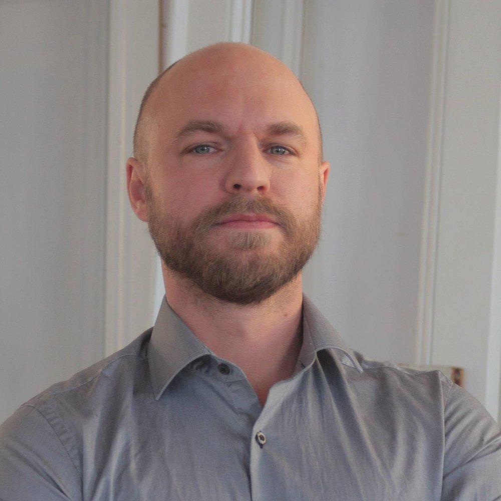 Andreas Åberg, MD - Andreas Åberg är specialist och överläkare i psykiatri vid Sundsvalls sjukhus. Konsultläkare och VD för Levante Psykiatri.
