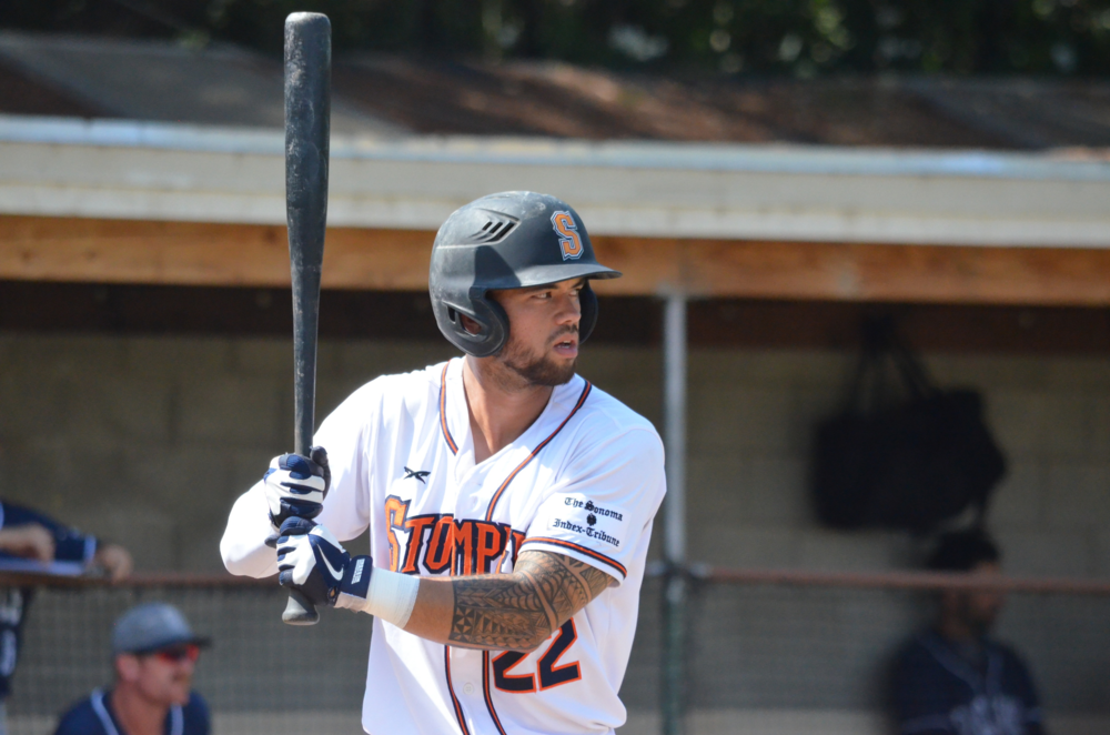 Mark Hurley, the 2015 Pacific Assoc. Rookie of the Year has be re-signed by the Sonoma Stompers. The Hollister, CA native also earned defensive Player of the Year honors. James Toy III/Sonoma Stompers