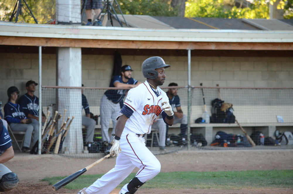 Derrick Fox and the Stompers offense scored 13 runs for the second consecutive night in a 13-1 win over the Pacifics Wednesday. Fox was 2 for 4 with three runs batted in.    James Toy III/Sonoma Stompers