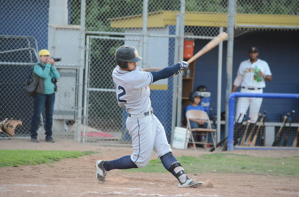 Mark Hurley lead the Stompers in hits, and RBIs in the Stompers 8-7 loss to the Admirals Tuesday. Hurley was 3 for 4 with  two doubles 3 driven in.    James Toy III/Sonoma Stompers
