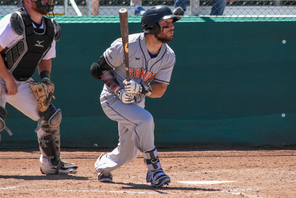Rob DeAngelis swings during the Sonoma Stompers game July 15, 2018 in Martinez, Calif. (James W. Toy III / Sonoma Stompers)