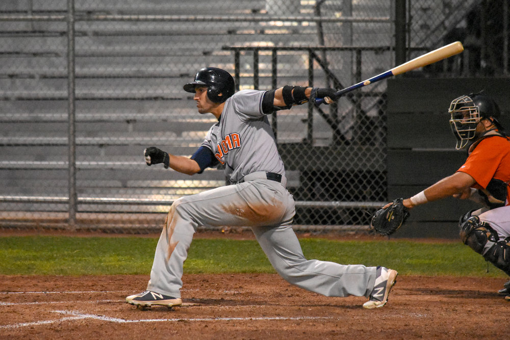 Kenny Meimerstorf singles in the go-ahead run in the sixth inning of the Sonoma Stompers game against the Pittsburg Diamonds, August 21, 2018 in Pittsburg, Calif.(James W. Toy III / Sonoma Stompers)