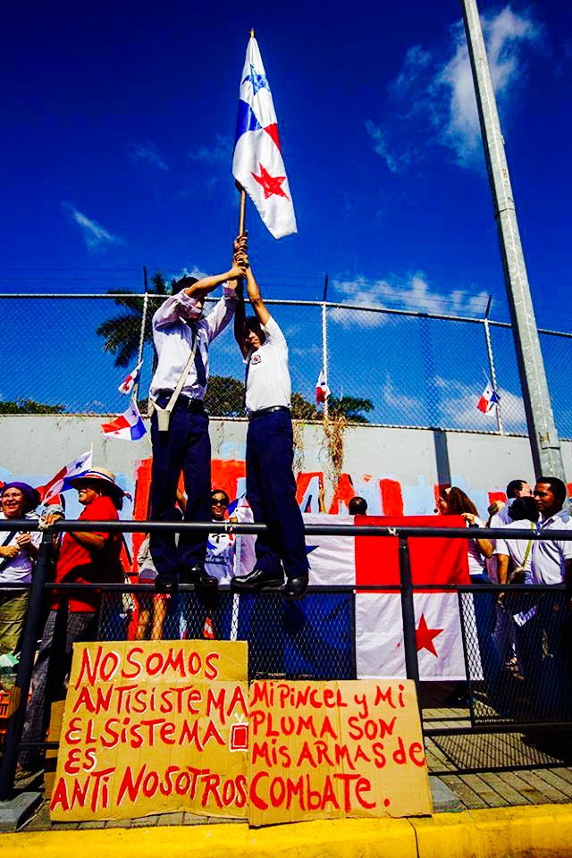 Protest in Panama City for better conditions within the public school system