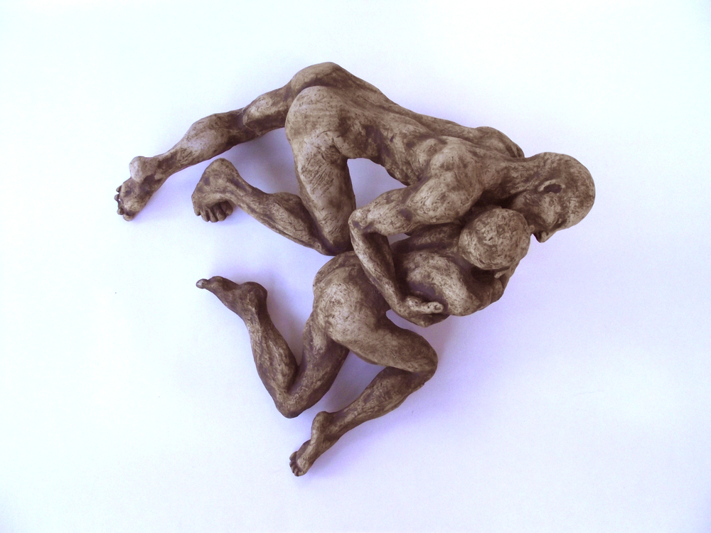 statue couple sculpture