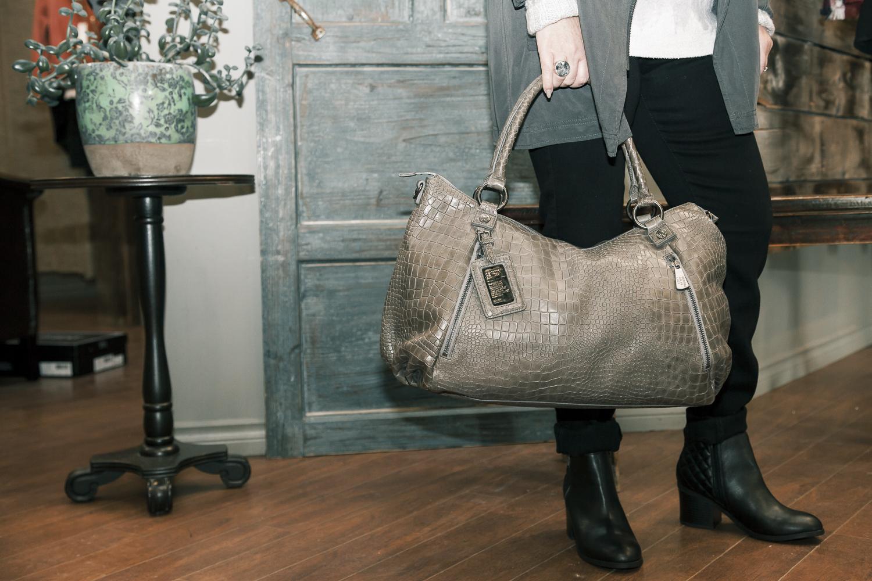 Bella-Maas-edmonton-purse-print-winter-trend-george-gina-&-lucy