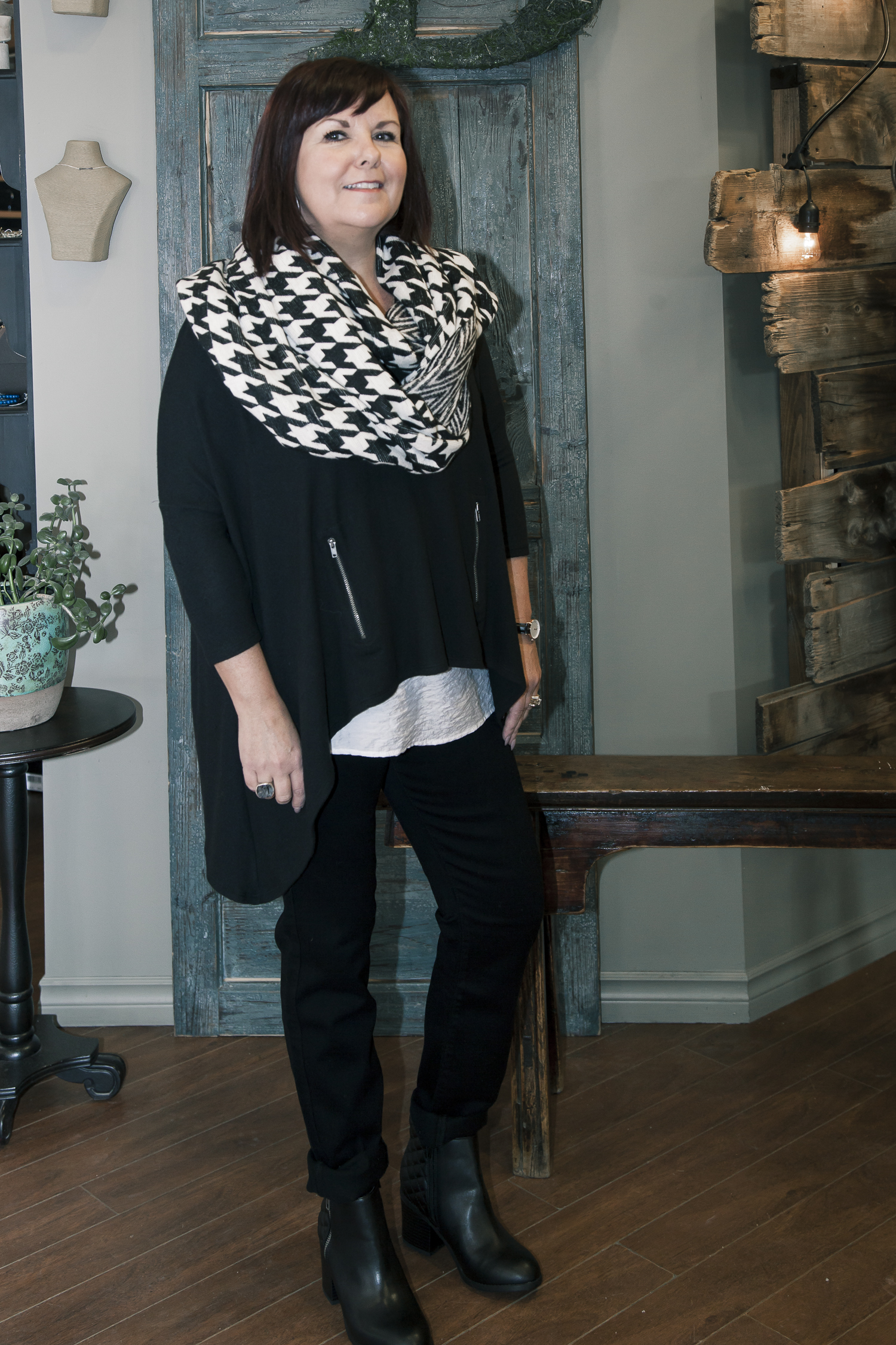 bella-maas-edmonton-fashion-trend-winter-cozy-layers-fidelity-jeans-MIA-shoes