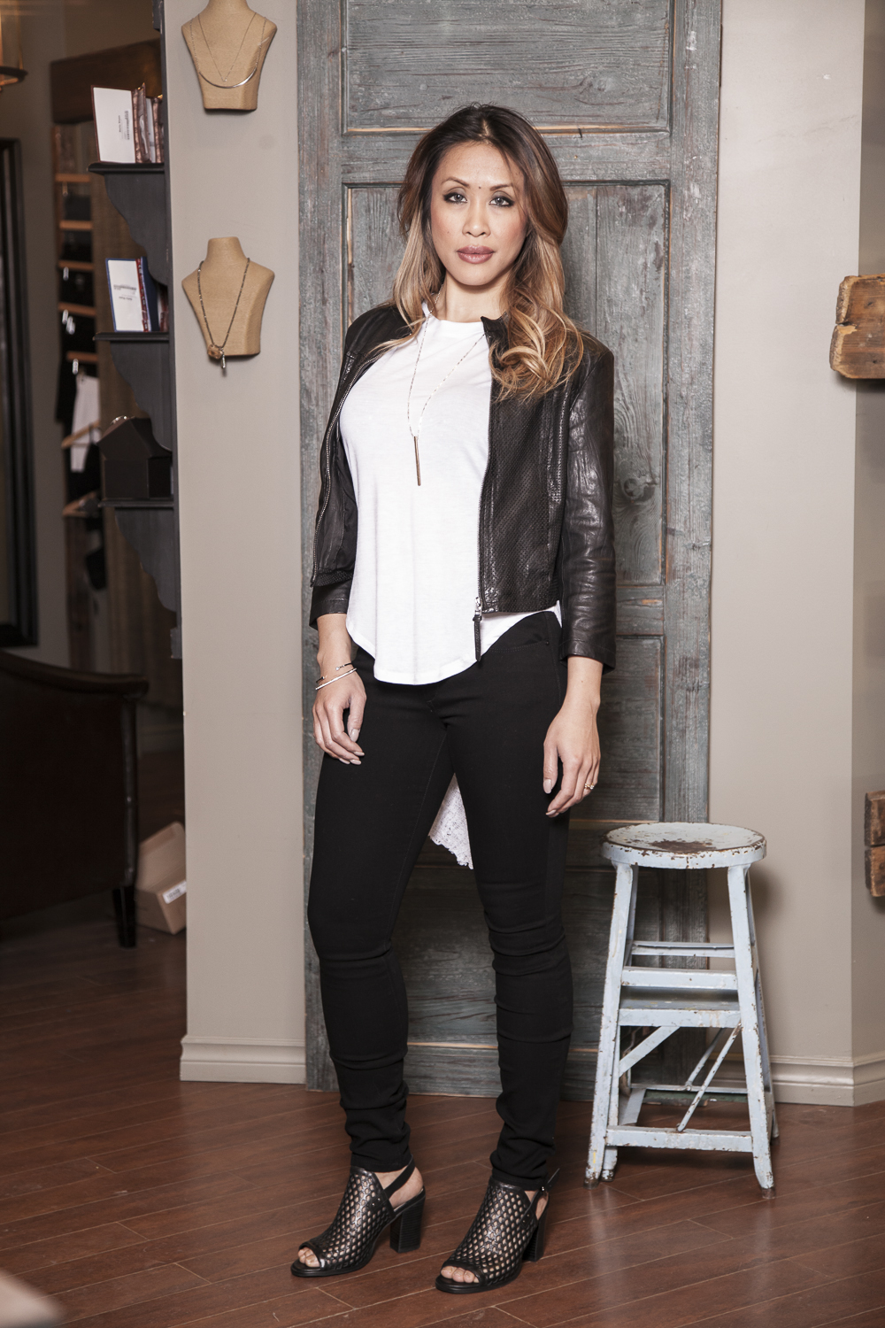 Bella-Maas-Boutique-black-and-white-spring-fashion-edmonton-st-albert-sherwood-park-local-style-trend-bano-eemee-leather-jacket-joe's-jeans'mid-rise-skinny