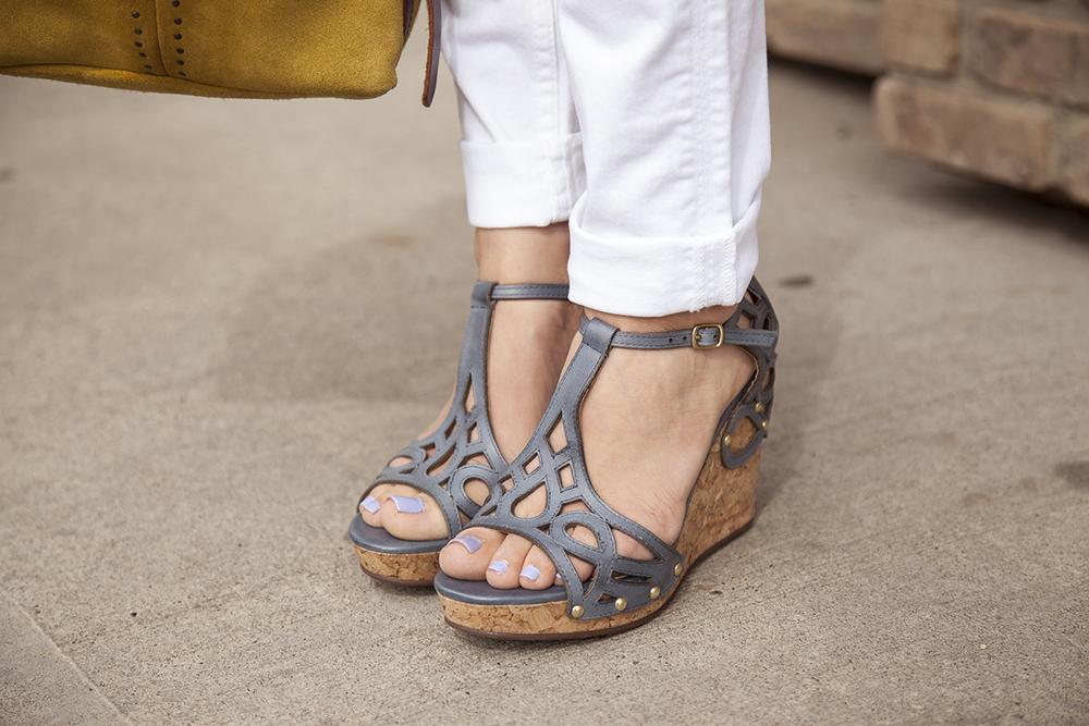 designer-shoes-bella-maas-boutique-wedge-heel