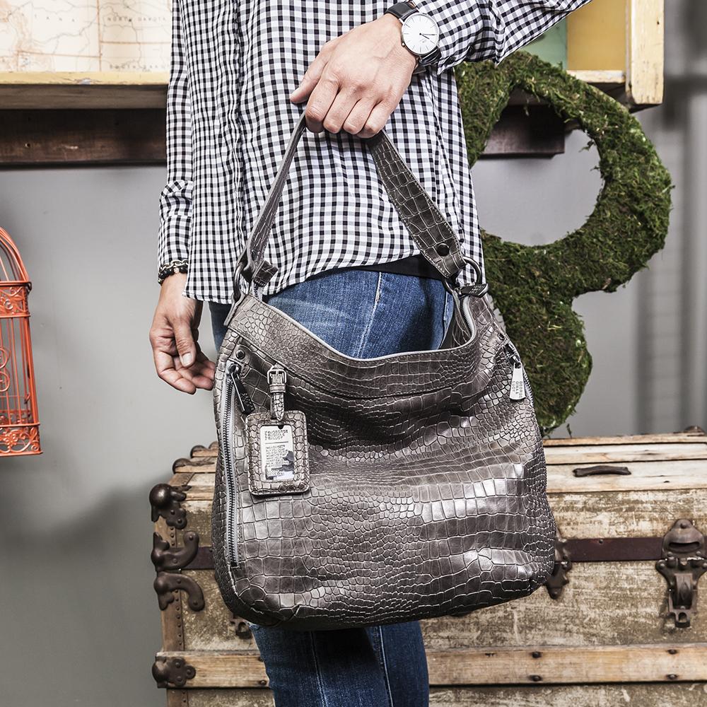 designer-handbags-at-bella-maas-boutique