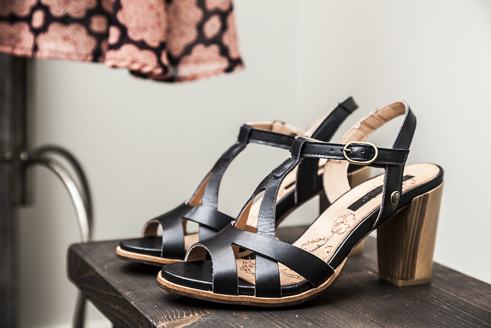 neosens-strappy-heels-at-bella-maas-boutique