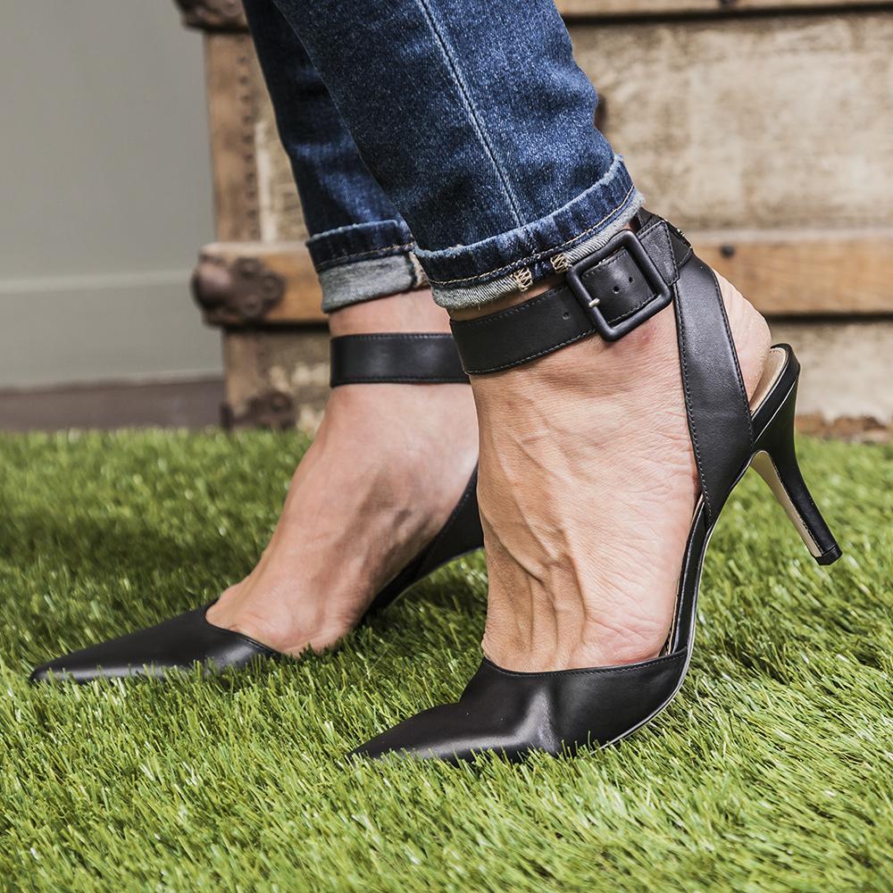 sam-edelman-heels-at-bella-maas-boutique-sherwood-park