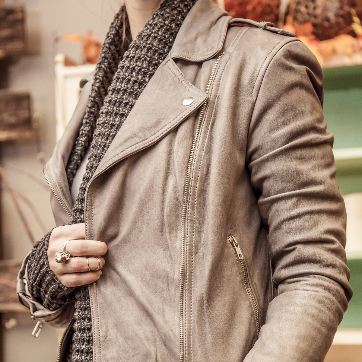 leather-jackets-at-bella-maas-boutique-sherwood-park-and-st-albert-2