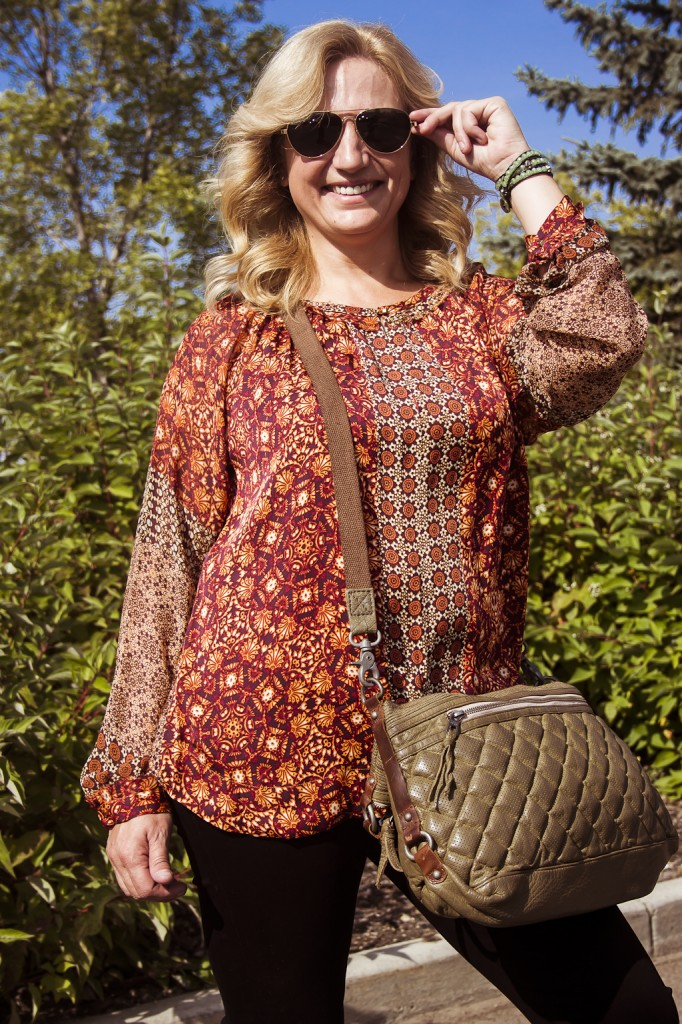 bella maas edmonton st albert sherwood park jeans boots blouse print fall 2014 fashion toms 03