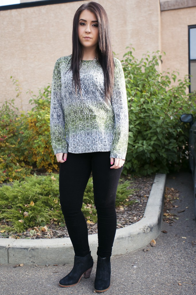 bella maas edmonton st albert sherwood park local fashion AG jeans ankle boots printed blouse fall style 01