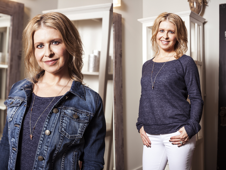 Jean-jackets-edmonton-fidelity-denim-spring-new-arrivals-at-bella-maas-boutique