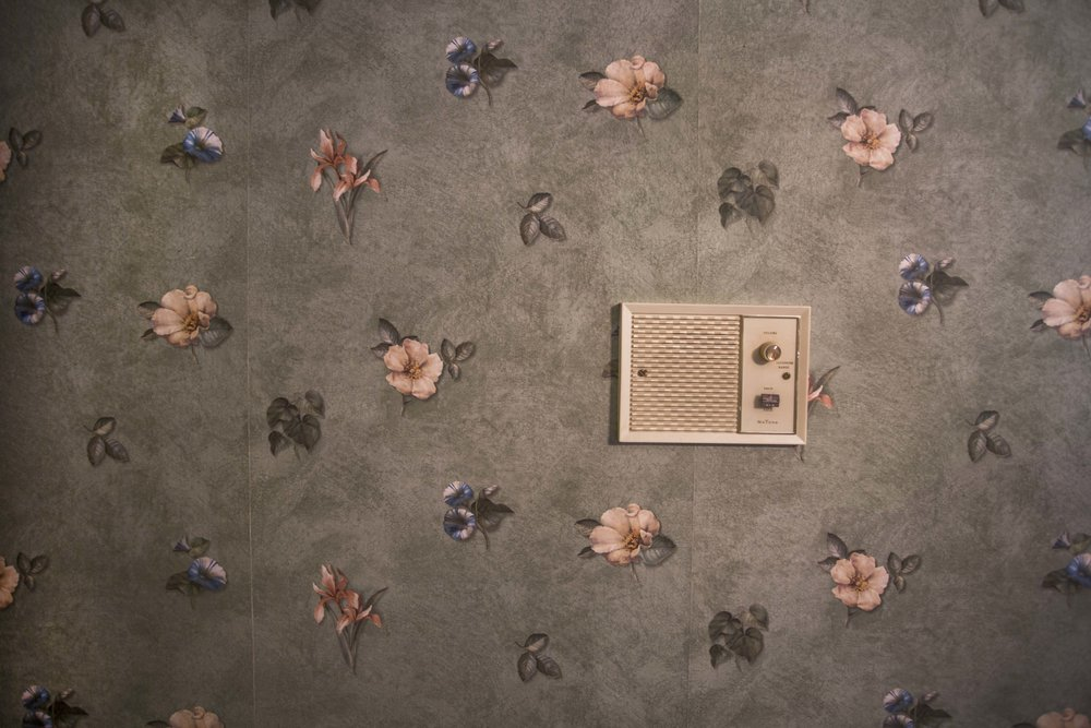Wall_Speaker_and Flowers.jpg