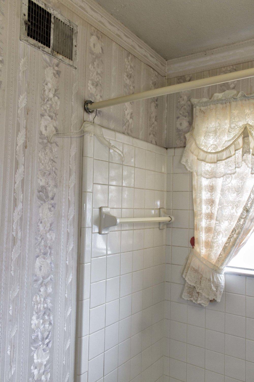 White_Bath.jpg