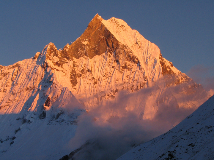 Machhapuchare.png