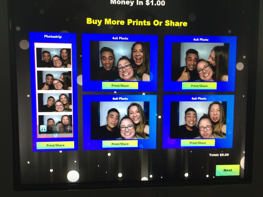 The photo booth was not printing for us, fail!