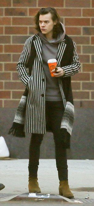 6188e736df7ce3bc5a506dc13caa3d46--harry-styles-clothes-harry-styles-fashion.jpg