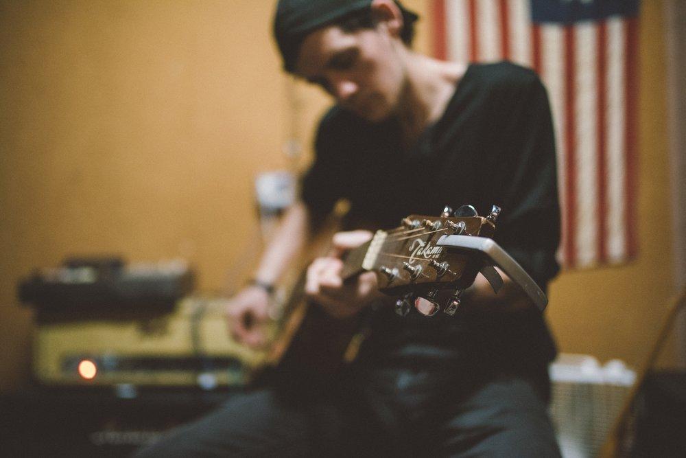 guitar zoom.jpg
