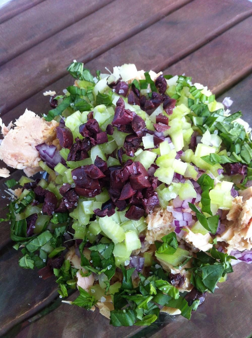 paleo-tuna-salad.jpg