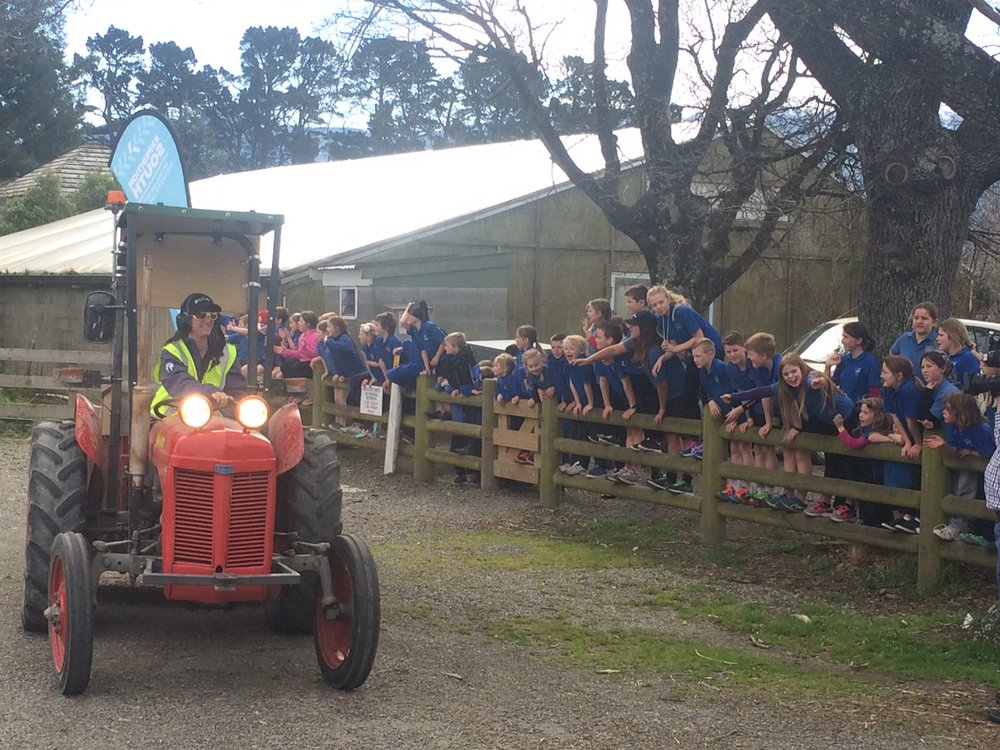 Lizzie arrives at View Hill School